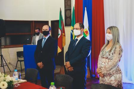 Prefeitura faz Cerimônia Solene de Posse de Prefeito, Vice e Secretário