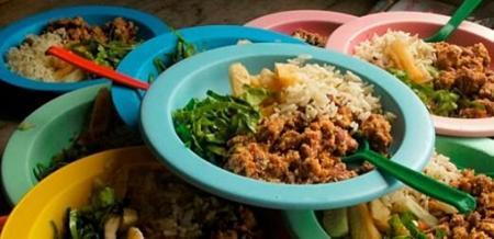 Pequenos produtores podem fornecer alimentos para as escolas municipais