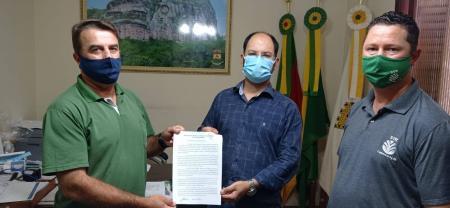 Prefeito recebe presidente do STR de Caçapava do Sul