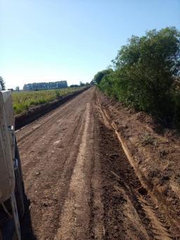 OBRAS em AÇÃO – Equipes das obras recuperam diversas estradas