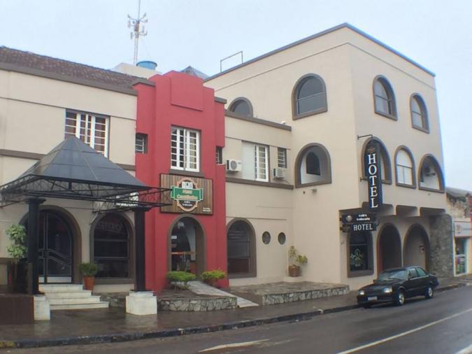 Karlton Hotel